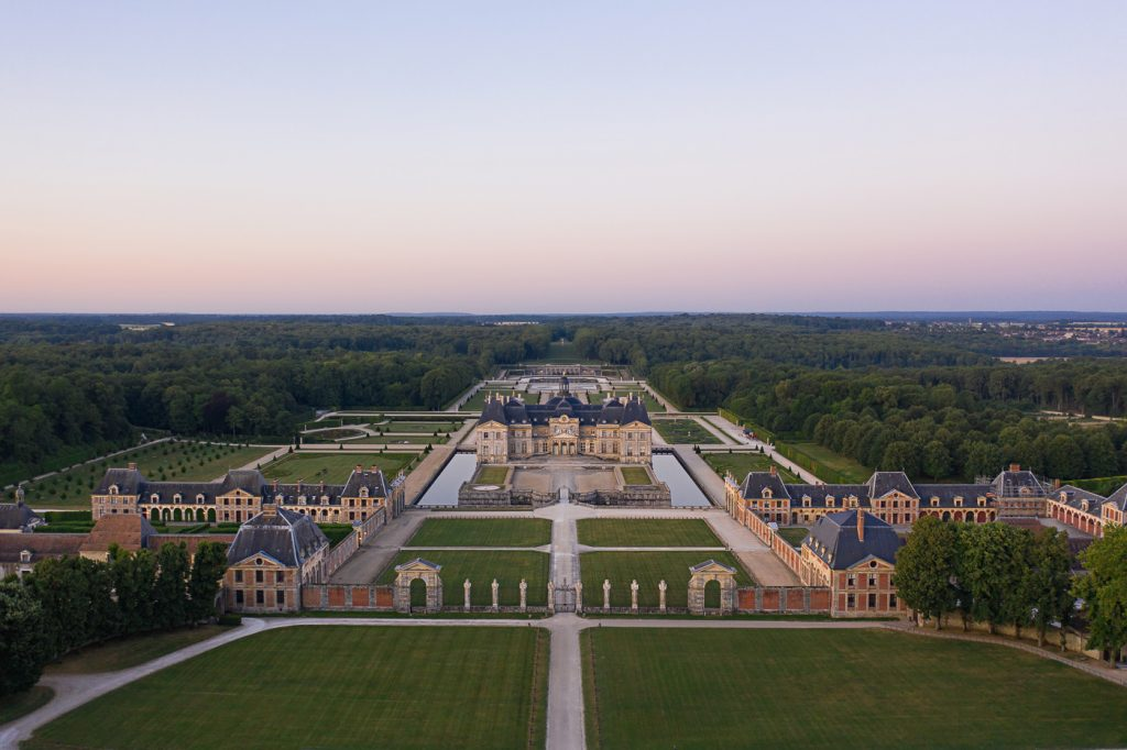 Gorgeous Aerial view of Château de Vaux le Vicomte and its grounds and gardens