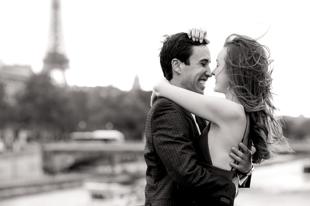 Cute Black and White couple photoshoot at Alexander III Bridge in Paris
