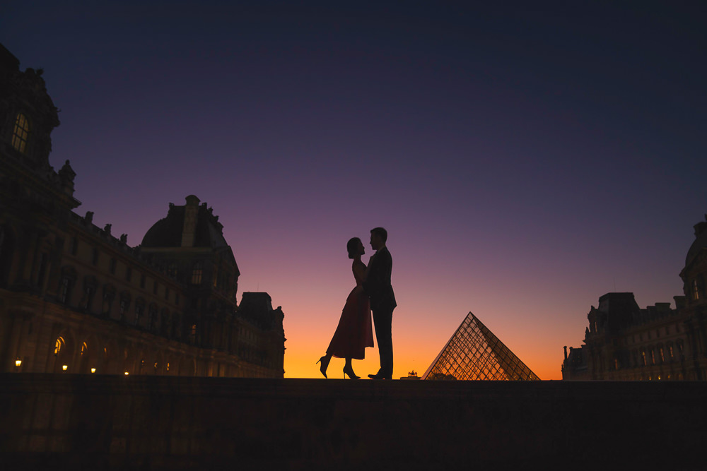The most romantic places to kiss in Paris Louvre Museum during B
